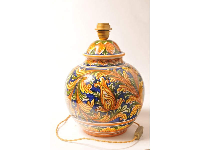 Lampada in ceramica di caltagirone fatta a mano for Lampada arredo